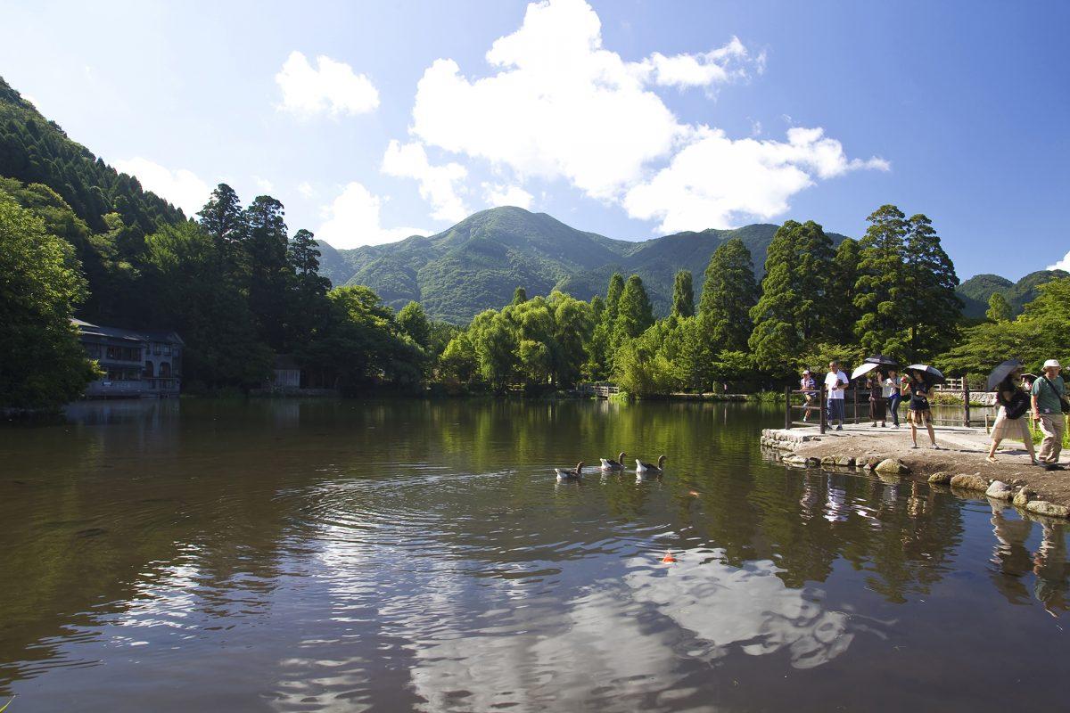 Lake Kinrin-ko